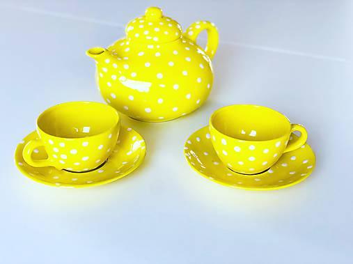 Žltý čajník