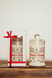 Svietidlá a sviečky - Sviečka zo sójového vosku v skle - Vianočný Stromček 125g/30hod (darčekové balenie) - 11126817_