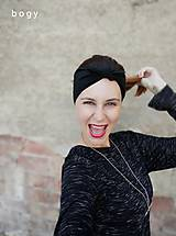 Čiapky - elegantní černá čelenka, vázací na uzlík - 11130116_