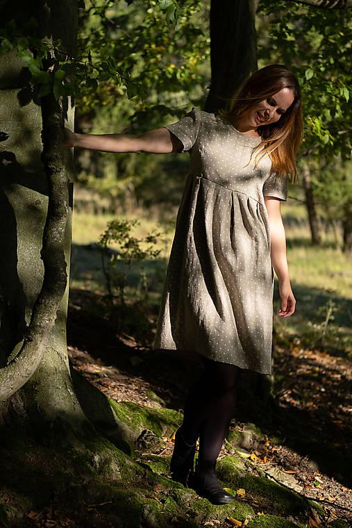 Ľanové šaty prírodné bodkované
