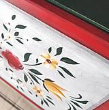 Nábytok - Ručne maľovaný stolík s rúžami - 11129733_