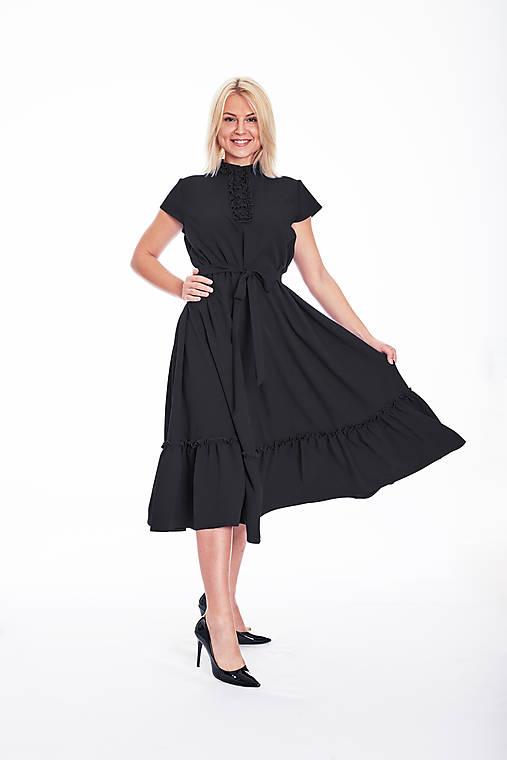 Šaty - Štýlové voľné šaty s volánom  - 11126851_