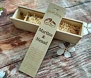 Krabičky - Drevená gravírovaná krabica na víno - obrúčky - 11127648_