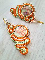 Náušnice - Púštna búrka (oranžovo zelené šujtášové náušnice) - 11126690_