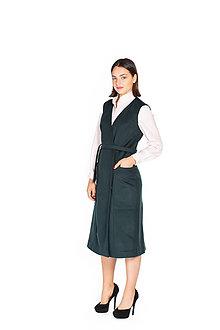 Kabáty - Tmavo zelená dlhá vlnená vesta - 11127203_