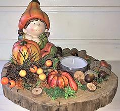 Dekorácie - Jesenný svietnik na dreve - 11128210_