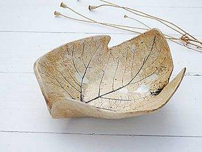 Nádoby - Keramická miska List, terakota - 11132414_