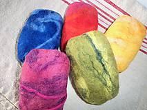 Dekorácie - Plstené mydlo - melírované (Modrá melír) - 11130865_