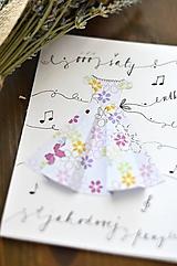 Papiernictvo - Ó šaty, utkané z jahodovej peny - 11133018_