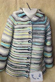 Detské oblečenie - Pletený svetrík s kapucňou - 11130670_