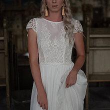 Šaty - Svadobné šaty z elastického tylu s holým chrbátom - 11130493_
