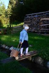 Košíky - Prútený kôš na kolieskach pre deti - 11132819_