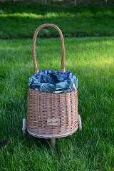 Košíky - Prútený kôš na kolieskach pre deti - 11132833_