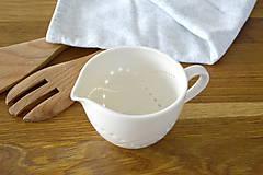 Nádoby - Madeirový porcelánový mliečnik vzor vlnky - 11132669_