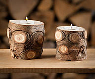 Svietidlá a sviečky - Okatý drevený svietnik prírodný (malý) - 11131166_