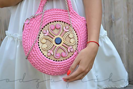 Drevená kabelka hačkovaná Marína (Ružová)