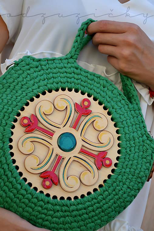 Drevená kabelka hačkovaná Marína (Zelená)