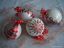BIELO ČERVENÉ vianočné gule s 3D fotkou