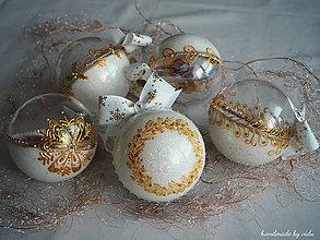 Dekorácie - BIELO ZLATÉ vianočné gule s 3D fotkou - 11133226_