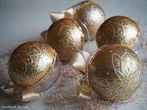 Dekorácie - ZLATO STRIEBORNÉ vianočné gule s 3D fotkou - 11133277_