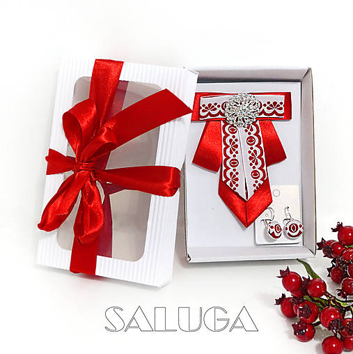 Darčekový balíček - kazeta - dámsky motýlik + náušnice