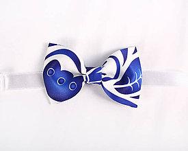 Detské doplnky - Detský motýlik - potlač FOLK ROSES (modrá na bielej) - 11135518_