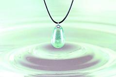 Slza štastia zelená- FARBU SI VYBERTE! Živicový náhrdelník / prívesok