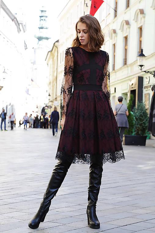 Šaty čipková dáma
