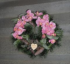 Dekorácie - spomienkový veniec s orchideou - 11139993_