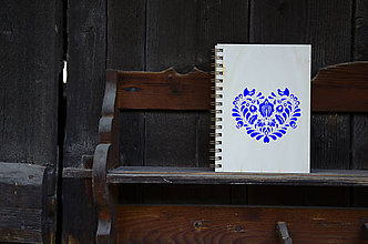 Papiernictvo - DREVENÝ ZÁPISNÍK SRDCE (linajkový) - 11140090_