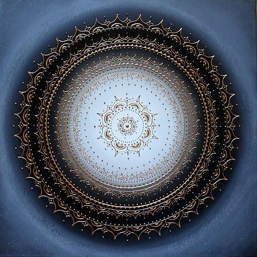 KVET ŠŤASTIA BIELY (tmavý podklad) 60 x 60