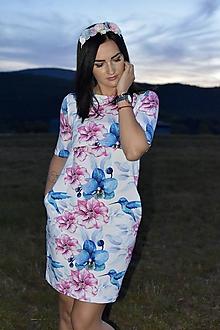Tehotenské/Na dojčenie - Šaty na dojčenie - kolibrík s ružovými a modrými kvetmi - 11138694_