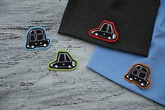 Detské čiapky - Čiapka Elastic s aplikáciou auto - 11140020_