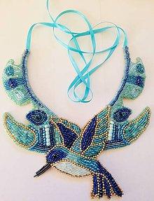 Náhrdelníky - Vyšívaný náhrdelník - 11137291_