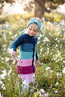 Detské oblečenie - Farebný pruhovaný svetrík - 11138110_