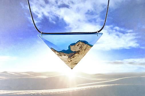 Egyptský Amulet- Drevený nahrdelník modrý/tyrkys