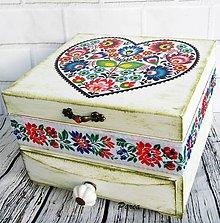 Krabičky - Drevená šperkovnica ornamentová - 11147950_