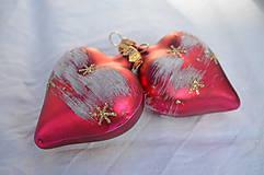 Dekorácie - Červené srdiečka s hviezdičkami - 11146815_