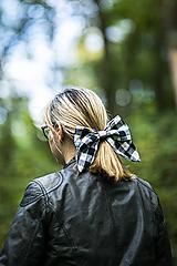 Ozdoby do vlasov - Károvaná maxi ušatá mašľa do vlasov - 11147325_