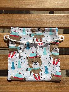 Úžitkový textil - malé mikulášske vrecúško s bielou šnúrkou - 11148310_
