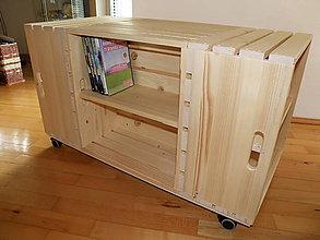 Nábytok - Konferenčný stolík s poličkami na DVD. - 11145707_