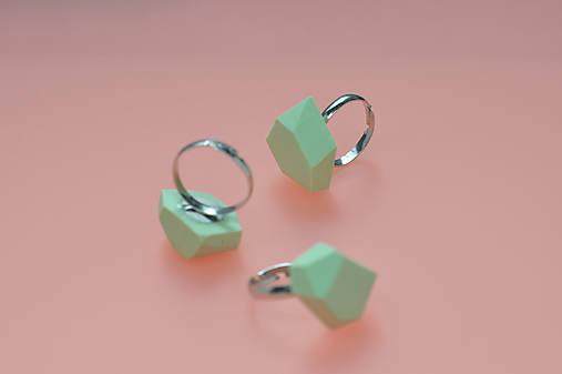 Geometrický nastaviteľný prsteň | minimal arch | mint green