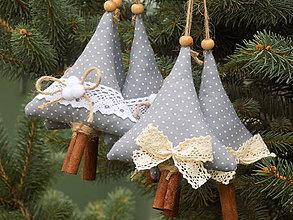 Dekorácie - Vianočné stromčeky - 11151866_