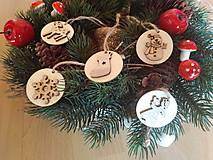 Dekorácie - Drevené ozdoby na via stromček - 11150388_