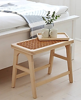 Nábytok - Drevená lavička / stolík s koženým výpletom - 11148894_