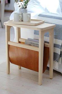 Nábytok - Drevený príručný stolík na časopisy - 11150239_