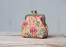 Peňaženky - Korková peňaženka s kovovým rámikom - kvetinová I. - 11150407_