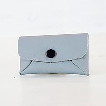 Iné tašky - Jednoduchá klíčenka - šedivá - černý patentek - 11150184_