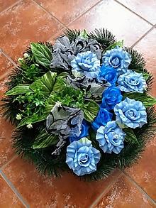 """Dekorácie - Smútočný veniec na hrob """"modrý"""" - 11150574_"""