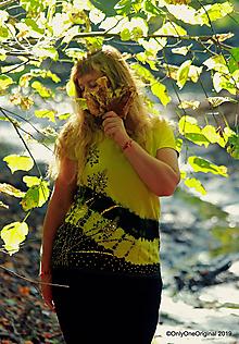 Tričká - Dámske tričko maľované, batikované ACORUS - 11149227_